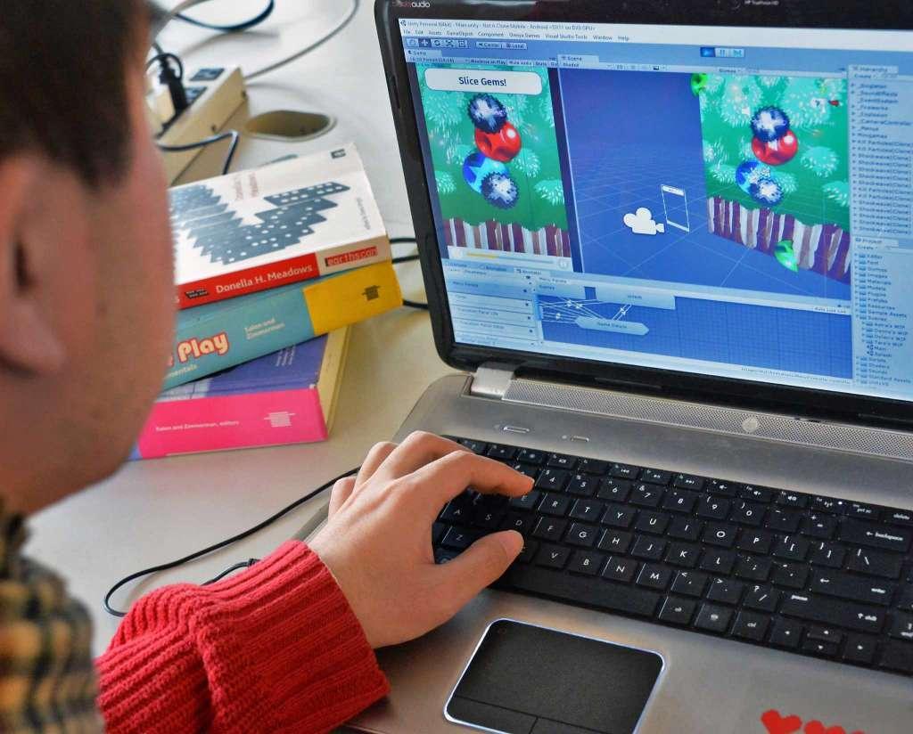 BigKids Camp Game Design Ages The Arts Center Of The - Computer game design for kids